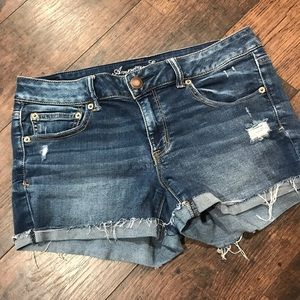 🦅 AE denim shorts